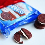 The three little words every one wants to hear❤️ Red.  Velvet.  Oreos.  #ValentinesDay http://t.co/OhPYZ4bGYm