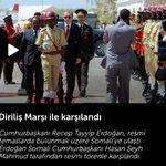 CB Erdoğan Somalide DİRİLİŞ marşı ile karşılandı Somali Devlet Başkanı TARİHİ DEĞİŞİMe vurgu yaptı. BATI ÇOK HASTA! http://t.co/7Ul5wk6qXW