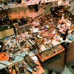 People sitting at messy desks are less efficient, less persistent, and more frustrated http://t.co/TJbMmdpBgQ http://t.co/Yb9cgSBypP