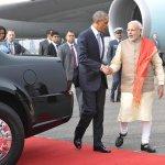 #INDIAUSA: US President Mr. @BarackObama & PM Shri @narendramodi at Palam Airport, New Delhi http://t.co/PNHwelbwmV