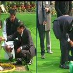 Delhi: US President Barack Obama plants a sapling at Rajghat #ObamaInIndia http://t.co/6Si8abhtbo