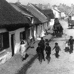 The Claddagh, Galway #Ireland Fascinating area in terms of people & history. #LoveGalway http://t.co/XJkpPFBApB