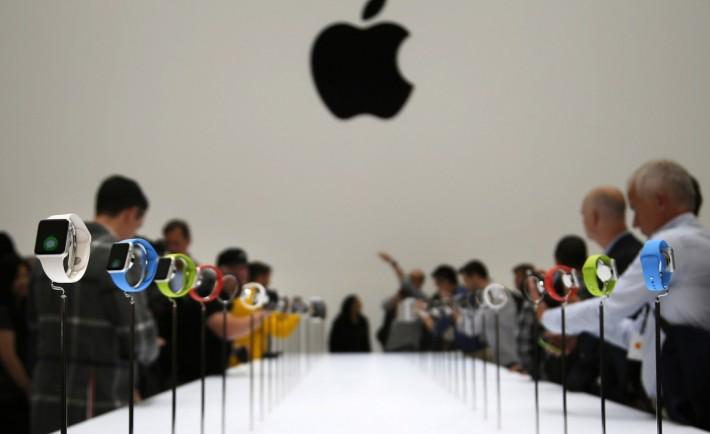 Apple Watch: Release Date, Price And Features Confirmed http://t.co/Unpr8pTXG0 #Wearables #AppleWatch #Smartwatch http://t.co/x7UHJqNtjk