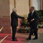 @MIB_India: #INDIAUSA: PM Shri narendramodi receiving US President Mr. BarackObama at Hyderabad House, New Delhi http://t.co/gxe4jYgOVK...