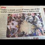 """صحيفة """"ديلي تليغراف"""" البريطانية عن وفاة الملك عبدالله : تحت هذا القبر البسيط ..يرقد أكثر الرجال قوة وتأثيراً بالعالم. http://t.co/oqann1ILL2"""