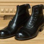 【インタビュー】フットザコーチャー 竹ヶ原敏之介 - 変わらぬ靴作りへの想い - http://t.co/Sfk2J2sbdI http://t.co/Qg6Z06T8ed