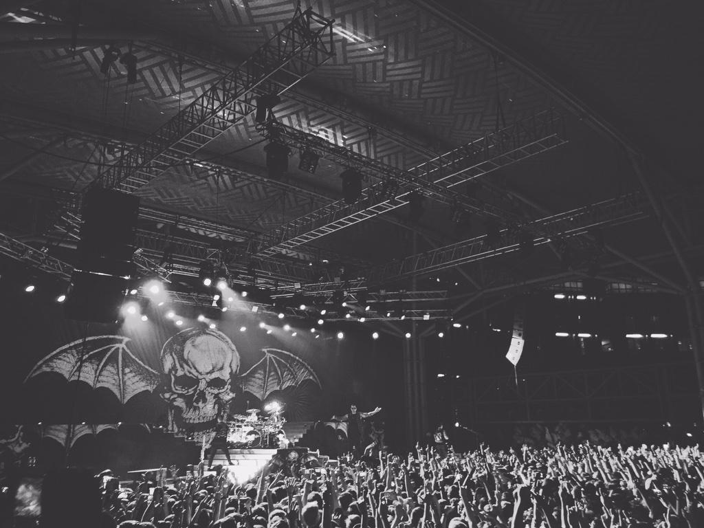 Our alumni, @TheOfficialA7X live in Singapore. Thanks @WarnerMusicSG #A7XSG http://t.co/fQgUlwwB2r