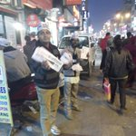 More than 500 AAP supporters/workers are working hard in karol bag market taking attention of huge crowd on sunday. http://t.co/ed7eFwMuvl