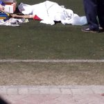 وفاة شاب في ملعب الهملة مساء اليوم #Bahrain http://t.co/ExOmORLjyl
