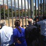 Pastrana y Piñera creían q estaban en un país en guerra al ver Bicentenario de Pza Venezuela Orgullo de la revolución http://t.co/DfpLg4TU90