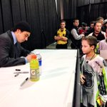 Johnny signs autographs at the #NHLFanFair! http://t.co/OEaMioFhZZ