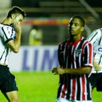 Além da Copinha, o Sub-20 do Timão é o atual campeão Paulista e Brasileiro. #Campeão #Copinha #Sub20 #CampeãoDeTudo http://t.co/ymImvLYEqG