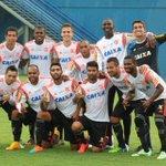 """No último treino antes do jogo contra o São Paulo, o time vencedor do """"rachão""""! Saiba mais: http://t.co/T4fUELGDNu http://t.co/XTtiFeiw2g"""