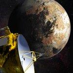 Após viagem de 4.8 bilhões de quilômetros, sonda da Nasa começa a fotografar plutão. http://t.co/Kubg7Wzuca http://t.co/3PTz5JxPnt