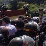 OJO No dejaron ingresar a la cárcel de Ramo Verde a ex-pdtes latinoamericanos http://t.co/L2EebLXUcp