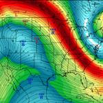 "Crippling, ""potentially historic"" blizzard headed for New York, Boston. http://t.co/l1tedtmu5K http://t.co/vwcI6ro0UN"