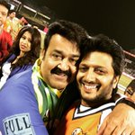 With the legendary @mohanlal sir - Humility personified. http://t.co/RB2W8nhIbf