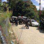 Ex presidentes solicitan dejen entrar a @mariacorinaya y @alcaldeledezma a RV http://t.co/h7vFBYyeK0