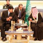 Dom #25E:Colas para comprar comida. Dos ex-presidentes sin poder visitar a presos políticos. Maduro en Arabia Saudita http://t.co/yOipGYbEat