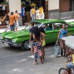 Vestirse con la bandera estadounidense se ha puesto de moda en #Cuba. ¿Qué opinas? http://t.co/P5ycKLNmHy