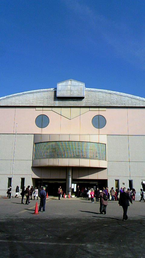 山本沙代さん(演出家) うえのきみこさん(脚本家)達とフィギュアスケート観賞(仕事ですよ) 実は『スペース☆ダンディ』バ