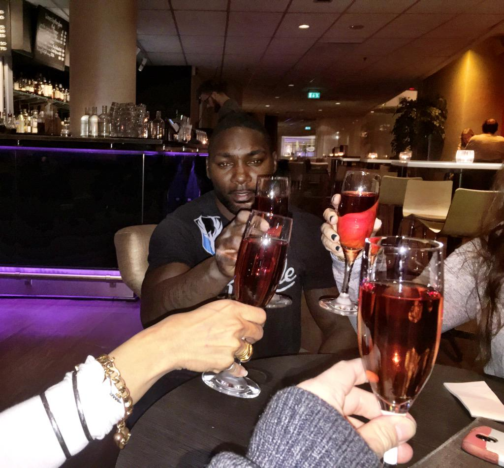Post Fight Victory celebrations!.. Congrats again.. Thanks for all you do.. See u when u visit Cali #AnthonyJohnson http://t.co/6KGANyYL9J