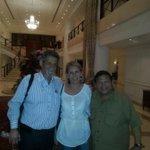 Con @AndresVelasqz @AmericoDeGrazia diputados Bolivar regresando de RV Gracias por su solidaridad #LiberenALeopoldo http://t.co/Htn9bwZfQR