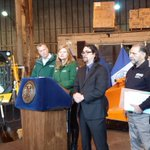 @BilldeBlasio, @NYCSanitation @nycoem, @NYC_DOT announce snow prep plans at sanit garage. Stay safe. http://t.co/RAZG9hC3ij