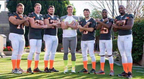 Great week with my guys at the pro bowl. Missing one but we will throw it up for 88 tonight!.. http://t.co/PvLsafHLBu