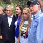 #EnLaAgenda Lilian Tintori agradeció el apoyo de los expresidentes Pastrana y Piñera http://t.co/6zyrSnmTaR http://t.co/QyBum0lWM2