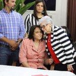 Con el fallecimiento de Ana María Acevedo el país pierde a una gran persona siempre dispuesta a servir a los demás. http://t.co/ZqMmfh6oDZ