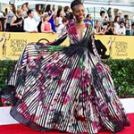 .@Lupita_Nyongo looks AMAZING #SAGAwards!I chose her as one of the #BestDressed of 2014!Watch http://t.co/yf78CC1Yft http://t.co/LaP9Np01tF