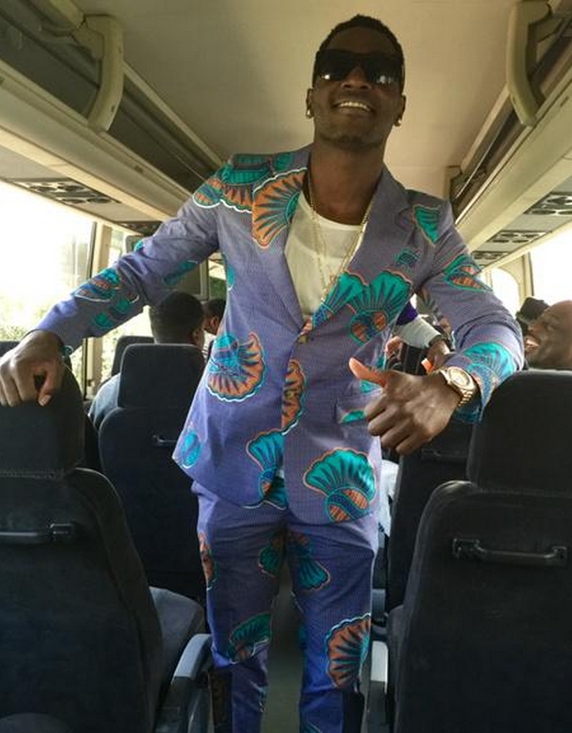 Antonio brown arrived to the pro bowl in style (via @criscarter80