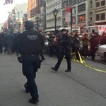 Crazy RT @cnnbrk: Manhattan Home Depot employee fatally shoots store manager, NYPD says. http://t.co/1yuaj6ZrcT http://t.co/uurRsNCYLe