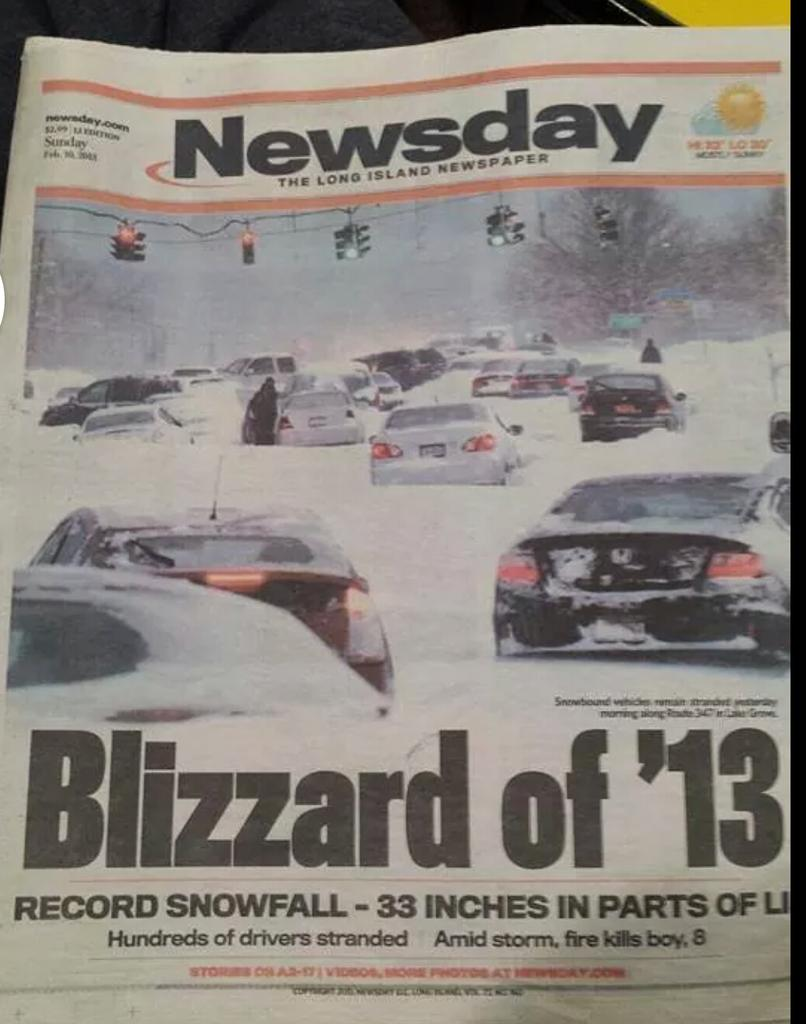 Remember this.. reason why to stay off roads after 6pm monday.. heavy snow with rates of 2 to 4 inches per hour http://t.co/WfHFrVlw34