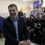 Греция говорит Евросоюзу - прощай. СИРИЗА: Действие экономической программы, которую Греция http://t.co/G0z5E4xxEg http://t.co/IIaDzBzF39