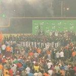 Todos los jugadores están en tarima. #GigantesCampeones http://t.co/PfAcP2uGKm