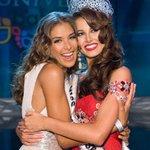 En 2008 Dayana Mendoza entregó la corona de #MissUniverso a su compatriota Estefanía Fernandez http://t.co/2RaMEWcoxz