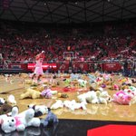 Thanks to all the fans that tossed teddy bears on the court for the Huntsman Cancer Institute! #goutes #UWvsUTAH http://t.co/roxBB5WLLu