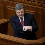Политологи: Призыв Порошенко следовать минским договорённостям — лицемерие http://t.co/8z7QEcF28u http://t.co/tEImIgTNpP