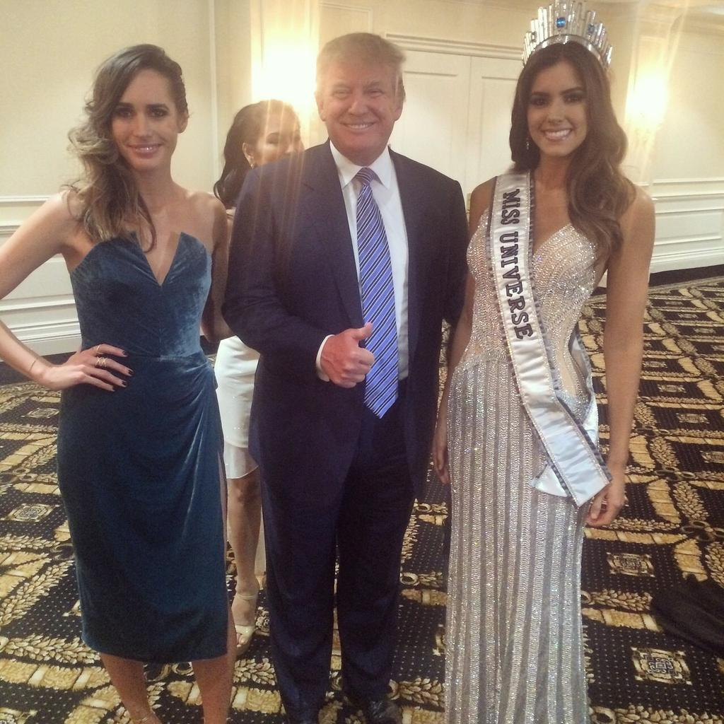 And Miss Columbia won #MissUniverse!  I got to interview her and @realDonaldTrump 1st! Congratulations! http://t.co/yqSmNq2dBD