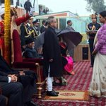Modi didnt showed any interest during #ProudIndian MARTYR gallantry award ceremony ! #JaiHind Hamid Ansari http://t.co/HIQ76DpF8t