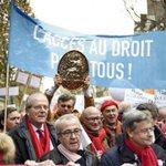 Loi Macron: Les opposants au projet se font entendre ce lundi http://t.co/nhcMcDLdE8 http://t.co/4PJPxCW8gf