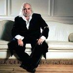 Скончался известный греческий певец Демис Руссос http://t.co/NWiNPoyKfe http://t.co/tTfaUVVvSL