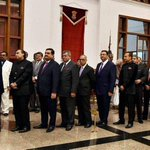 Billionaires  in queue to meet Obama :D http://t.co/v9g6pfxbUd