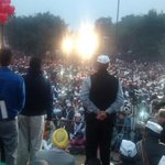 @ArvindKejriwal addressing in jangpura with praveen deshmukh @AamAadmiParty candidate @aapdelhincr @msisodia http://t.co/0W9Y1HpEiZ