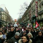 Salarié, syndicats, et #notaires tous unis contre la #LoiMacron destructrice demploi. Manif à Paris du 26 janvier http://t.co/zFIgHV0E6z
