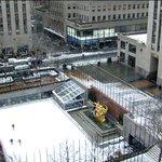 RT @NBCNews: Watch live: NBC's New York City snow cam captures #Blizzardof2015 http://t.co/piODDSwV9M http://t.co/8EfIZO92E9