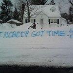 BEST. SNOW. SIGN. EVER! #Snowmageddon2015 #snowpocalypse http://t.co/7aAVZuJXEd