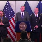A food delivery bicycle is not an emergency vehicle: De Blasio #PIXBLIZZARD #blizzardof2015 @PIX11News http://t.co/B6hhM354zB